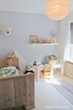 Whimsical yet minimal kids room Baby Bedroom, Kids Bedroom, Deco Kids, Cool Kids Rooms, Little Girl Rooms, Fashion Room, Kid Spaces, Kid Beds, New Room