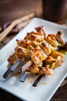 Chicken & Scallion Yakitori by justonecookbook: You can of course grill outside but you can also broil it to get the nice char. #Chicken #Yakitori