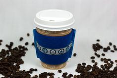 Cuff for coffee to go cups