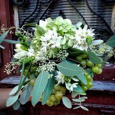 Bride Bouquets, Plants, Dresses, Bridal Bouquets, Vestidos, Plant, Dress, Gown, Outfits