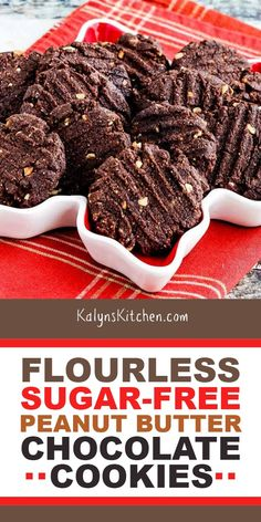 Flourless Sugar-Free Peanut Butter Chocolate Cookies are delicious for a chocolate treat for the holidays or any time you need a cookie! Low Sugar Cookies, Keto Butter Cookies, Sugar Free Peanut Butter, Chocolate Peanut Butter Cookies, Diabetic Desserts, Diabetic Recipes, Cooking Recipes, Skinny Recipes, Keto Recipes