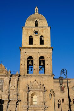 Iglesia de San Francisco, La Paz, Bolivia by iancowe, via Flickr
