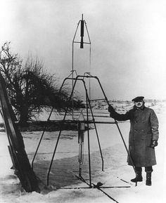 Remembering Robert Goddard, whose pioneering work helped make spaceflight possible. Goddard died on August 10, 1945. #genealogy