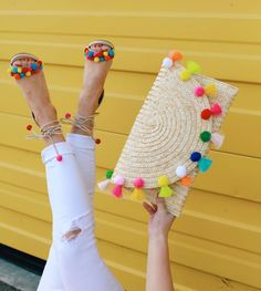From Whitney: This is such a FUN clutch! I love pom pom details. Pom Pom Clutch, Pom Pom Sandals, Pochette Diy, Pom Pom Crafts, Red Sole, Crochet Bags, Diy Fashion, Fashion Ideas, Fashion Mode