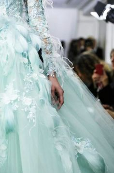 Tony Yaacoub Couture spring 2014 - not something i would wear, but i love the color and detailing.