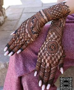 Beautiful and Stylish Henna Mehndi Designs for Hand