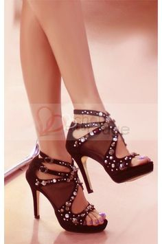 Head over Heels - 2014 Womens High Heel Shoes Fancy Shoes, Pretty Shoes, Hot Shoes, Crazy Shoes, Beautiful Shoes, Me Too Shoes, Shoes Heels, Louboutin Shoes, Bobbies Shoes