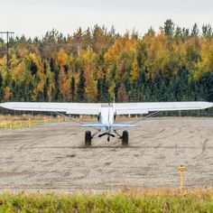 Super Cub landing at the dirt strip near Lake Hood with Fall colors gracing its wings. #ThrottleOn #avgeek #flying #pilotlife #plane kky#pilotlifeforme #instaaviation #pilotsview #airplanelovers #aviator #instapilot #airplane_lovers #airplane #avationlovers #planelovers #igaviation #instagramaviation #instaplane #pilot #aircraft #pilotlife #aviation #pilot #pilotsview #flight #alaska #nature #outdoors #naturephotography Piper Aircraft, Angle Of Attack, Bush Plane, Cubs, Offroad, Airplane, Alaska, Grass, Aviation