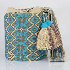 486 отметок «Нравится», 4 комментариев — Just Wayuu (@just.wayuu) в Instagram: «Handcrafted handbags made by indigenous wayuu in the north of Colombia. Worldwide shipping – envíos…»