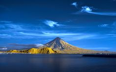The Majestic Mayon Volcano of Albay, Philippines Great Places, Beautiful Places, Amazing Places, Places Around The World, Around The Worlds, Visayas, Mindanao, Sky Sea, Tourist Spots