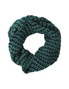 Ronde sjaal groen Miss Etam 12.00