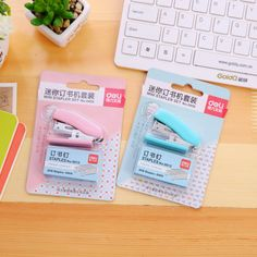 Mini Stapler Plastic Stationery Set Kawaii Stapler Paper Office Accessories Mini Binder - Diy and crafts interests Stationary Store, Stationary School, School Stationery, Cute Stationery, Japanese School Supplies, Back To School Supplies, School Suplies, College Supplies, Mini Binder