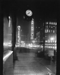 CALUMET 412 — Looking west on Randolph from State, 1930, Chicago