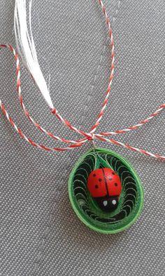 Quilling Design Antonia Quilling Earrings, Quilling Jewelry, Quilling Paper Craft, Paper Crafts, Paper Quilling Cards, Paper Quilling Designs, Quilling Patterns, Lady Bug, Handmade Rakhi