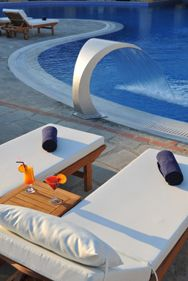 A collection of photos of the traditional Luxury Varos Village Hotel & Suites in Lemnos. Samos, Village Hotel, Hotel Suites, Water Features, Best Hotels, Books Online, Swimming Pools, Greece, Photo Galleries
