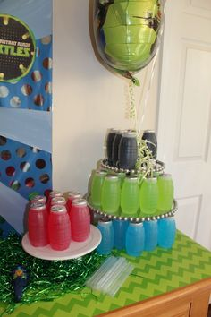 juice boxes are cheap and come in all the colors you need for the party!these juice boxes are cheap and come in all the colors you need for the party! Turtle Birthday Parties, Ninja Turtle Birthday, Ninja Turtle Party, Birthday Party Themes, Boy Birthday, Ninja Turtles, Birthday Ideas, Carnival Birthday, Ninja Party