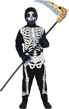 Looking to add a bit of a bump in your child's Halloween night? Then this Child Haunted House Skeleton costume might just be what you need. Ideal for spooking friends, family and the neighbours at Halloween, this costume is a must have classic. Boys Skeleton Costume, Costume Garçon, Masque Halloween, Skeleton Dress, Skeleton Halloween Costume, Theme Halloween, Boy Costumes, Halloween Skeletons, Carnival