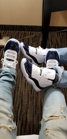 Schuhspiel / Schuhspiel brazy / Schuhe / Bombenschuhe / Dope-Schuhe - S H O E S - Cute Sneakers, Sneakers Mode, Sneakers Fashion, Sneakers Shoes, Kd Shoes, Jordan Shoes Girls, Air Jordan Shoes, Girls Shoes, Jordan 11 Outfit