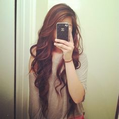 the kind of hair that's envied by everyone.i want her hair!want her hair Love Hair, Gorgeous Hair, Corte Y Color, Girly, Long Wavy Hair, Long Curly, Long Locks, Hair Day, Pretty Hairstyles