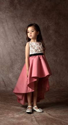 Dorian Ho | Fashion | Kids | FW 2016 Baby Girl Dresses, Baby Dress, Cute Dresses, Flower Girl Dresses, Little Girl Outfits, Little Girl Fashion, Kids Outfits, Look Fashion, Kids Fashion