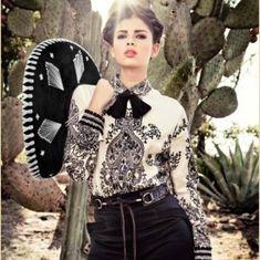 Mariachi Girl 💜 Love her clothes Mexican Outfit, Mexican Dresses, Mexican Style, Mexican Costume, Mexican Fashion Style, Mexican Clothing, Spanish Fashion, Mexican Art, Vestido Charro