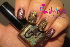 Glitter Gal Australia's nail art staring our holographic shades, available here http://www.glittergal.com.au/Nails%20Top%20Top%20Entry.html swatched by @katznailsnc