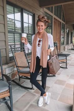 Brunch Outfit Winter Chic Casual Ideas - Brunch Outfit Winter Chic Casual Ideas Source by - Neue Outfits, Office Outfits, Winter Outfits, Brunch Outfit, Look Fashion, Daily Fashion, Womens Fashion, Casual Chic, Cute Casual Outfits