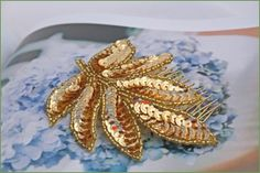 Vintage sequin comb - by the Lucky Sixpence