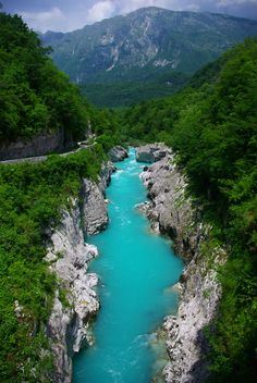 The valley of the Soča (Isonzo/Lusinç) in Slovenia