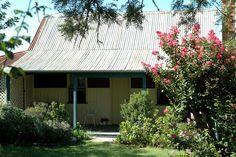 Rachel's Cottage in Texas, Queensland. The perfect weekend getaway from Brisbane! #travel #holidays #countryQueensland