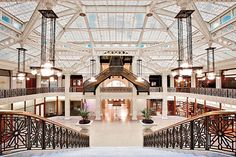 The Rookery, Chicago (1888, John Wellborn Root; later interior renovation later by Frank Lloyd Wright) - Amid the Loop, its skylit space is like a deep breath of fresh air.
