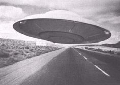 The Roswell Incident and the International UFO Museum and Research Center in New Mexico. Roswell Incident, Weather Balloon, Project Blue Book, Sci Fi Films, Space Aliens, Aliens And Ufos, Crop Circles, Flying Saucer, Close Encounters