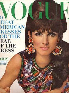Vintage Vogue magazine covers - mylusciouslife.com - Vintage Vogue March 1966.jpg