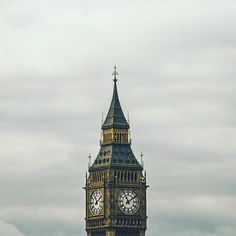 Quick Fact about the Big Ben: the biggest four-faced chiming clock in the world!  #sightseeing #monument #cityscape #neverstopexploring #wanderlust #LetsGoSomwhere #letsgosomwhere #getoutthere