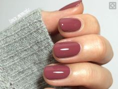 40 Gorgeous Fall Nail Art Ideas To Try This Fall 40 Gorgeous Fall Nail Art Ideas To Try This Fall<br> Are you looking for fall nail designs 2018 that are excellent for fall? See our collection full of fall nail designs acrylic nails. Autumn Nails, Fall Nail Art, Fall Nail Colors, Winter Nails, Toe Nail Colours, Nuetral Nail Colors, Fall Nail Ideas Gel, Fall Toe Nails, Popular Nail Colors
