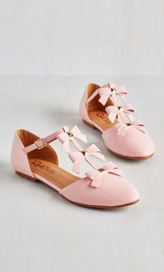 See it to Bow-lieve It Flat in Pink