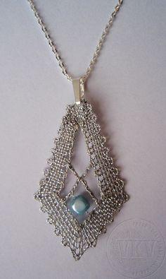 Náhrdelník 16 326 - amulet Vamberecká krajka