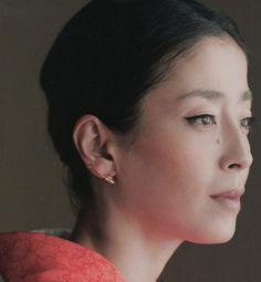 rie miyazawa chigo Beautiful Asian Women, Beautiful People, Japan Model, Japanese Beauty, Elegant Woman, View Photos, Asian Woman, Persona, Pin Up