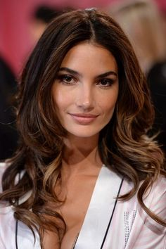 The Hottest Long Hairstyles & Haircuts For 2014 - Lily Aldridge