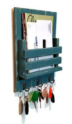 Sydney Slat Front Mail Organizer featuring 3 key hooks Sydney Mail Organizer and Key Rack with Slotted Bin – Painted Version – Renewed Decor & Storage Diy Wood Projects, Home Projects, Wood Crafts, Woodworking Projects, Woodworking Lamp, Woodworking Key Holder, Woodworking Beginner, Woodworking Quotes, Intarsia Woodworking
