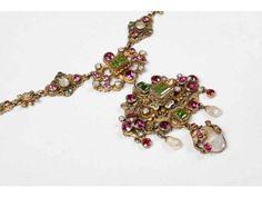 collier néo Renaissance en vermeil, grenats, perles et émeraudes, travail austro-hongrois (?) milieu XIXe s