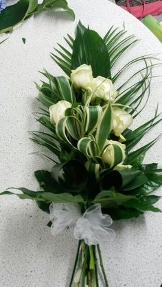 Funeral sheath, rosa 204 - is-sit tiegħi Ikebana, Funeral Bouquet, Funeral Flowers, Deco Floral, Arte Floral, Wedding Bouquets, Wedding Flowers, Casket Flowers, Funeral Flower Arrangements