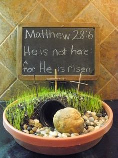 The empty tomb: He is risen! Easter garden - I like the size of this one - add tea lights
