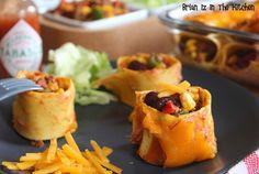 Une recette hybride aujourd'hui aux influences italiano-mexicaines avec ce Chili Con Carne en Cannelloni, à servir en plat avec une salade ou en mise en bouche, façon maki. Ingrédients (pour 8 cannelloni): 2 gousses d'ail 1 oignon rouge 2 cuillères à...