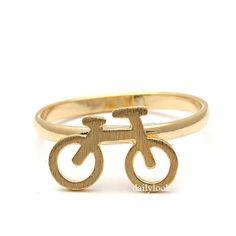 El anillo perfecto para los amantes del ciclismo. | 22 Anillos minimalistas que querrás comprar ahora mismo
