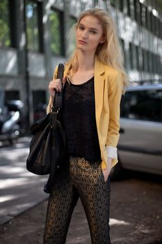 STREET STYLE SPRING 2013: MILAN FW - A model look at brocade.