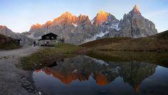 Laghetto sull'altipiano delle Pale di San Martino (Dolomiti di Primiero o Gruppo delle Pale)