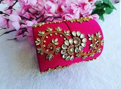Silk Thread Earrings Designs, Silk Thread Bangles Design, Silk Thread Necklace, Silk Bangles, Bridal Bangles, Thread Jewellery, Fabric Jewelry, Handmade Rakhi, Handmade Jewelry Designs