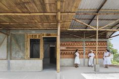Image 1 of 22 from gallery of Rural House in Puebla / Comunal Taller de Arquitectura. Photograph by Onnis Luque
