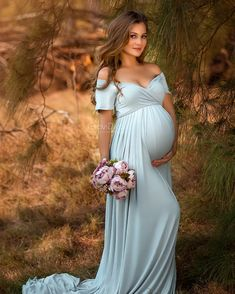 You have an upcoming baby shower or maternity shoot so whats the first thing you do? Sweet and sexy maternity gowns that every mama will love! These g… – Baby Shower Maternity Dresses For Photoshoot, Maternity Poses, Maternity Wear, Maternity Fashion, Cute Pregnancy Pictures, Maternity Pictures, Pregnancy Photos, Vestidos Para Baby Shower, Maternity Photography Outdoors